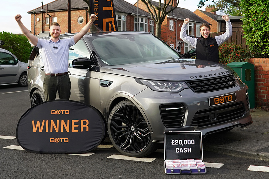 Guy wins Land Rover Urban Discovery SDV6 + £20k